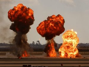 Sind Bomben die Lösung gegen Bomben?