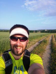 Nach dem Hamsterrad: Mario Schuster bei einer 43km Wanderung